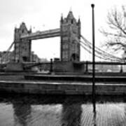 Tower Bridge In November Art Print