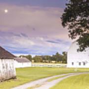 Twilight Barn - Winneconnie Art Print