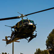 Uh-1 Huey Arrival Art Print