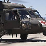 Uh-60 Black Hawk Refuels Art Print