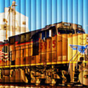 Up 5915 At Track Speed Art Print