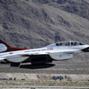 U.s. Air Force Thunderbird F-16 Art Print