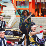 U.s. First Lady Michelle Obama  Plays The Taiko Drum  Art Print