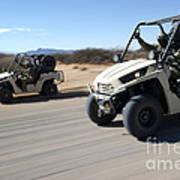 U.s. Soldiers Drive Multiple Ltatvs Art Print