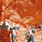 Utah Seventh Graders Climb Up Switchbacks On Wall Street On Navajo Trail In Bryce Canyon National Pa Art Print