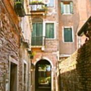Venice- Venezia-calle Veneziana Print by Italian Art