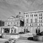 View Of Montgomery County Courthouse From The Southside In Black Art Print