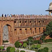 Visitors At Jaigarh Fort, Jaipur 2007 Art Print