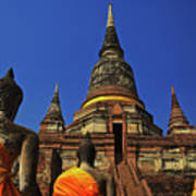 Wat Yai Chai Mongkol In Ayutthaya, Thailand Art Print
