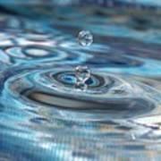 Water Sculpture In Blue 1 Art Print