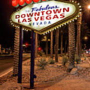 R.i.p. Welcome To Downtown Las Vegas Sign At Night Art Print