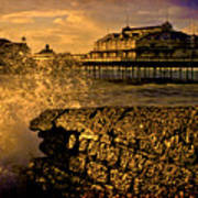 West Pier Splash Art Print
