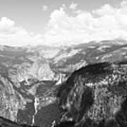 Yosemite Valley Art Print