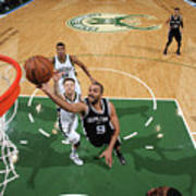 San Antonio Spurs V Milwaukee Bucks Art Print