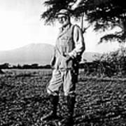 Ernest Hemingway On Safari Art Print
