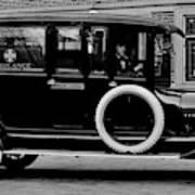 Ambulance - Armstrong And Hotson 1918 Art Print