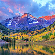 Autumn Colors At Maroon Bells And Lake Art Print