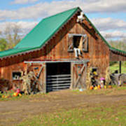 Barn In Autumn Art Print