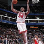 Chicago Bulls V Sacramento Kings Art Print