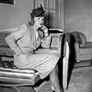 Marlene Dietrich Arriving In New York Art Print