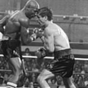 Marvin Hagler Punching Vito Antuofermo Art Print