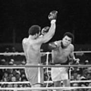 Muhammad Ali Punching George Foreman Art Print