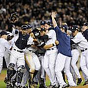 New York Yankees Celebrate After Art Print