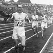 Paavo Nurmi Winning Olympic Track Race Art Print