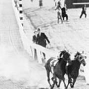 Seabiscuit And War Admiral Racing Art Print