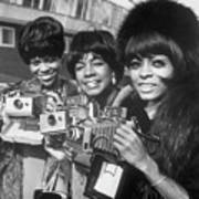 The Supremes With Cameras In London Art Print