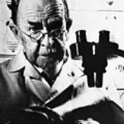 Thomas Hunt Morgan With Microscope Art Print