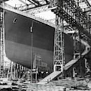 Titanic In Belfast Dry Dock 1911 Art Print