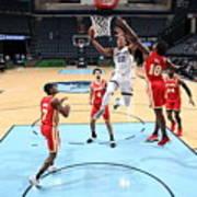 Atlanta Hawks v Memphis Grizzlies Art Print