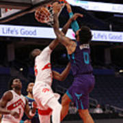 Charlotte Hornets v Toronto Raptors Art Print
