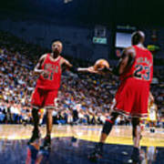 Dennis Rodman and Michael Jordan Art Print