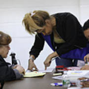 Immigrants Attend Citizenship Application Assistance Event In The Bronx Art Print