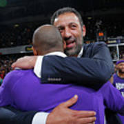 Kobe Bryant and Vlade Divac Art Print