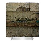 Across The Schuylkill River In Philadelphia - Pennsylvania - Usa Shower Curtain