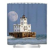 0186 Moon Over Milwaukee Breakwater Lighthouse Shower Curtain