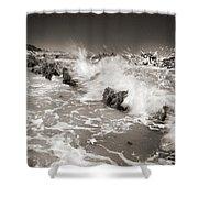 Bolonia Waves Shower Curtain