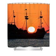 Catching The Sun Shower Curtain by David Lee Thompson