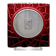 1928 Rolls-royce Phantom I Sedenca De Ville Wheel Emblem Shower Curtain