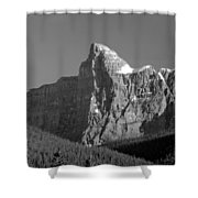1m3621-bw-v-outlier Of Mt. Murchison Shower Curtain
