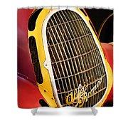 1935 Alfa Romeo 8c-35 Grille Emblem -0006c Shower Curtain
