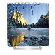 2m6538-yosemite Valley In Winter Shower Curtain