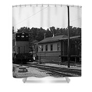 760 Passing The Yard House Bw Shower Curtain
