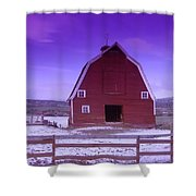 An Old Barn In The Wenas Shower Curtain