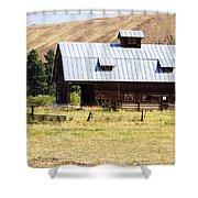Barn Near Ellensburg Wa Shower Curtain