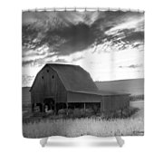 Barn On Rt.41 Ross County Shower Curtain