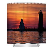Boats Entering The Channel At The Muskegon Lighthouse Shower Curtain